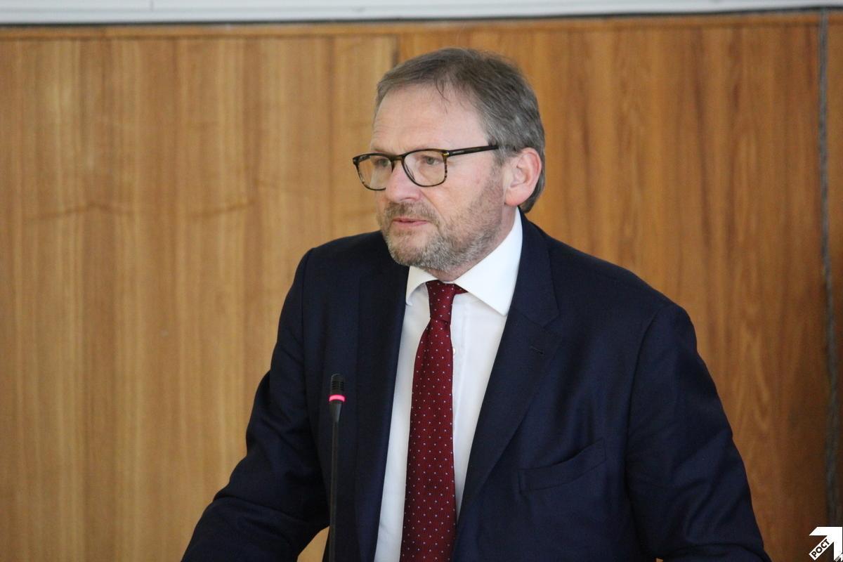 Борис Титов заявил, что 18 марта старая экономическая школа будет бороться с новой